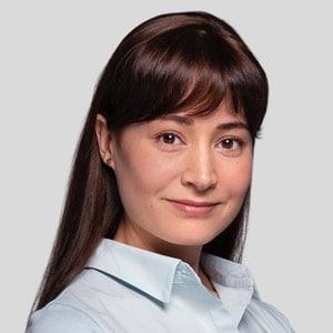 Асия Максутова