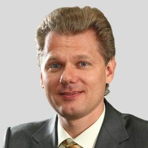 Дмитрий Щуров