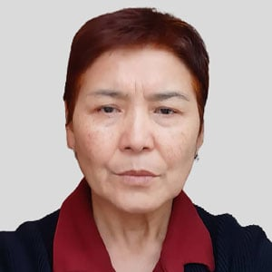 Айша Сулайманова