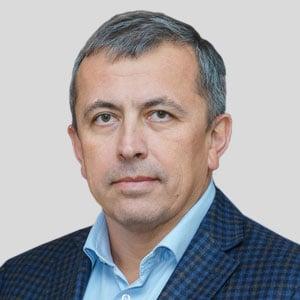 Артур Валиев